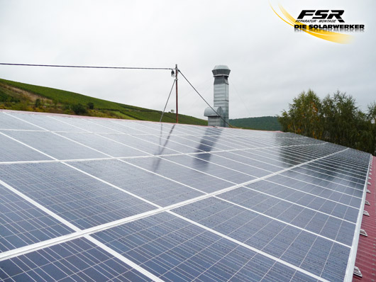 Photovoltaik_Halle_Sommerloch